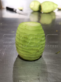 clean-peeled-avocado-fruit